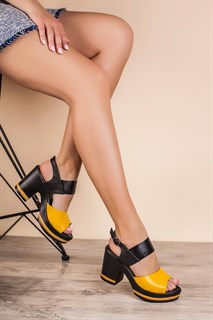 Кроссовки женские - фото 5764